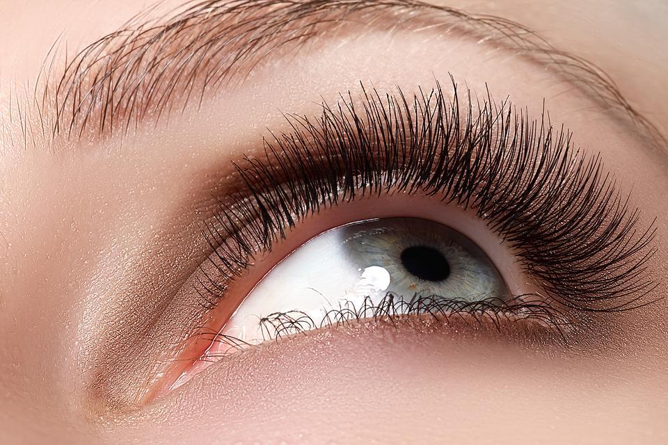 Eyelash And Eyebrow Tinting May Cause You Harm Girlfriend