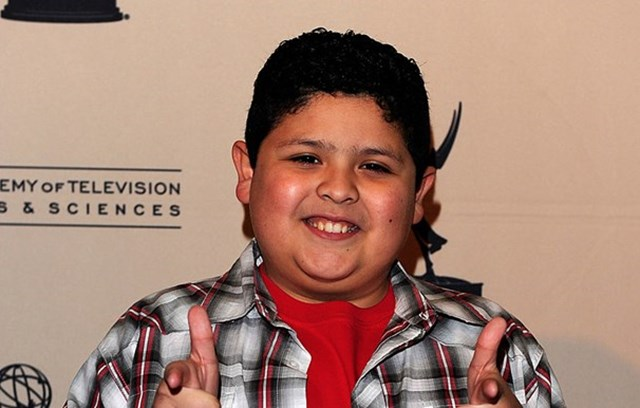 Modern Family Star Rico Rodriguez Tragically Loses His Dad