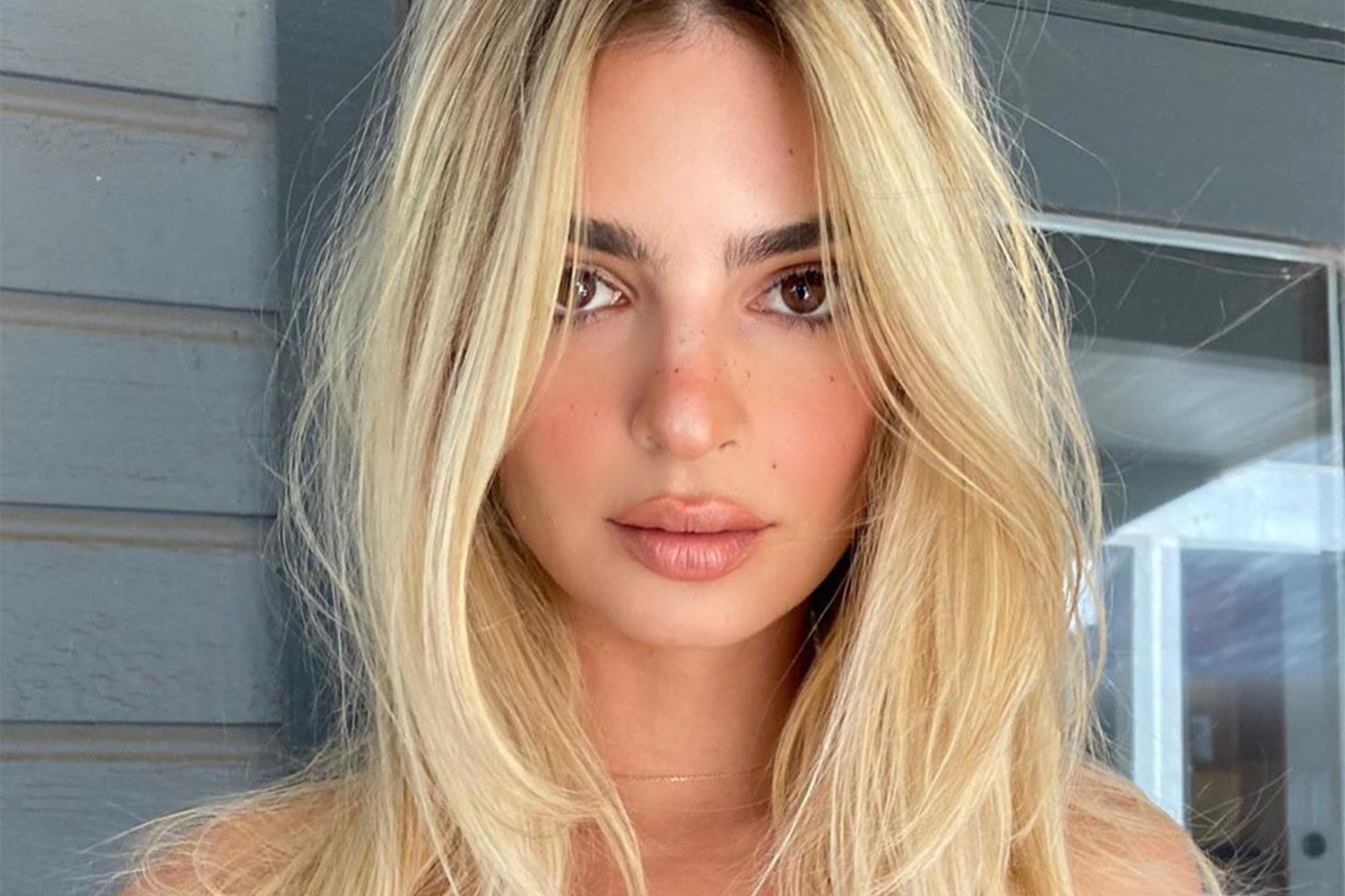How To Go From Brunette To Blonde An Expert Hair Colourist Explains What You Should Know Girlfriend